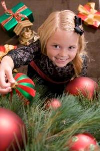 girl-christmas-tree-290301-gallery